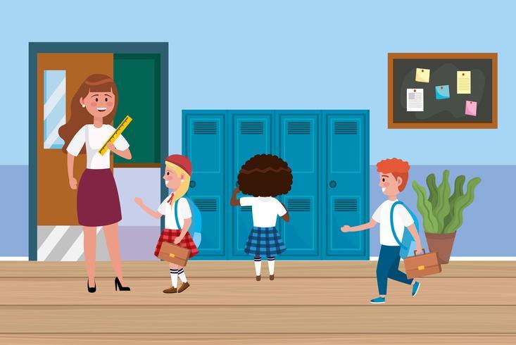 Insegnante di sesso femminile con diversi studenti nel corridoio della scuola vettore