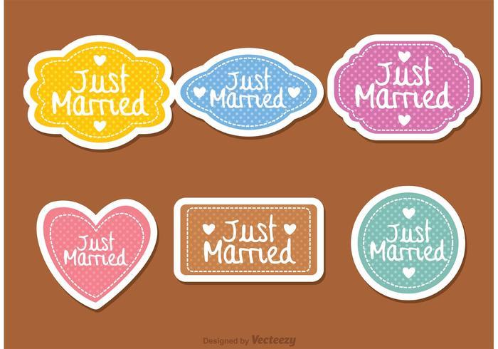 Vettori di etichette appena sposati