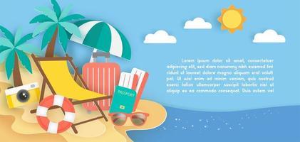 banner con elementi di viaggio sulla spiaggia