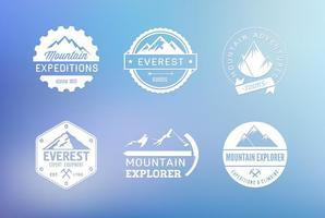 Insieme di etichette di vettore di montagna