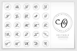 emblemi di lettere dell'alfabeto di script disegnati a mano