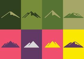Set di logo di montagna vettore