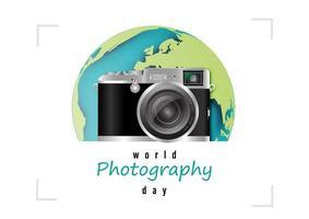 design della giornata mondiale della fotografia con fotocamera retrò vettore