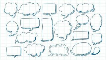 set di bolle di discorso schizzo disegnato a mano vettore