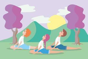 giovani che fanno yoga all'aperto