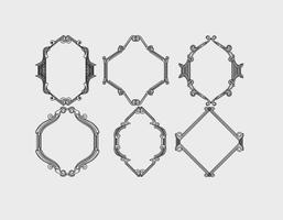 Set di cornici ornamentali d'epoca