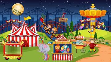 scena del parco di divertimenti di notte con la luna vettore