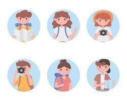 insieme di persone turistiche che viaggiano avatar