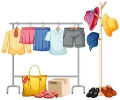 vestiti isolati sul display rack