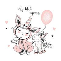 bambino in pigiama con il suo giocattolo unicorno. vettore