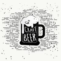 Sfondo vettoriale di birra disegnata a mano libera