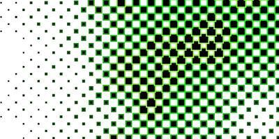 sfondo verde scuro con rettangoli.