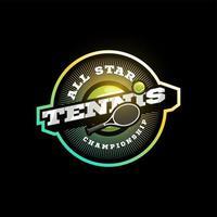 logotipo di tipografia di sport professionale moderno di vettore di tennis in stile retrò. emblema di disegno vettoriale, distintivo e design del logo modello sportivo