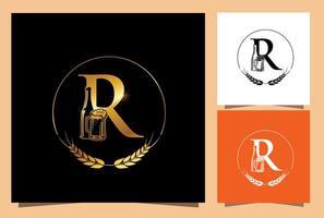 monogramma di birra in vetro e bottiglia d'oro lettera iniziale r vettore
