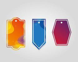 etichette commerciali appese con colori vivaci