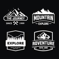set di badge avventura per maglietta, emblema e adesivo vettore