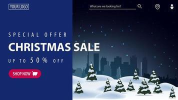 offerta speciale, saldi natalizi, fino a 50 di sconto, bellissimo banner blu sconto moderno per sito web con bellissimo paesaggio invernale sullo sfondo e tenda blu per il testo vettore