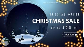 offerta speciale, saldi natalizi, fino a 50 di sconto, bellissimo banner blu sconto moderno con paesaggio invernale su sfondo e cornice di ghirlande vettore