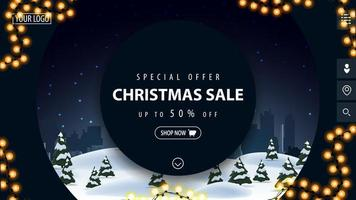 offerta speciale, saldi natalizi, sconti fino a 50, bellissimo banner blu sconto moderno con grandi cerchi decorativi e paesaggio invernale sullo sfondo vettore