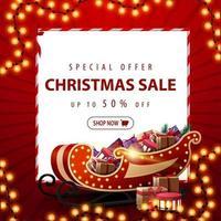 offerta speciale, saldi natalizi, sconti fino a 50, banner sconto piazza rossa con ghirlanda natalizia, foglio di carta bianco e slitta di Babbo Natale con regali vettore
