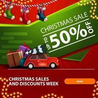 saldi natalizi e settimana di sconti, fino a 50 sconti, striscione quadrato rosso e verde con calze natalizie e auto d'epoca rossa con albero di natale vettore