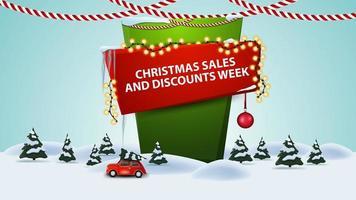 vendite natalizie e settimana di sconti, banner sconto cartone animato con paesaggio invernale con auto d'epoca rossa che trasportano albero di natale vettore