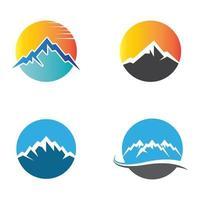 immagini del logo di montagna vettore