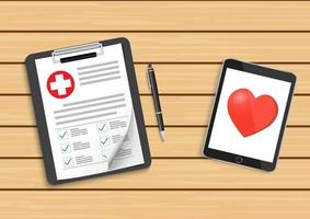 appunti con croce medica e tablet. cartella clinica, prescrizione, reclamo, rapporto sui segni di spunta medica, concetti di assicurazione sanitaria. vettore