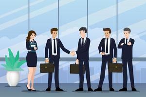 uomini d'affari in piedi e si stringono la mano per la cooperazione e fanno un patto con il loro lavoro di squadra. vettore