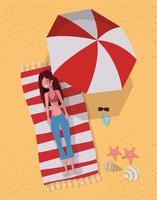 giovane donna in spiaggia vettore
