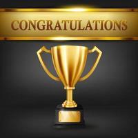 trofeo d'oro realistico e testo di congratulazioni sul banner d'oro lucido vettore