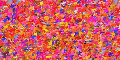 sfondo vettoriale multicolore chiaro con triangoli.