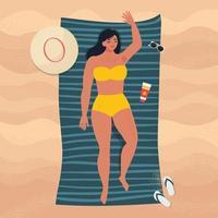 donna che prende il sole sulla spiaggia di sabbia in un periodo estivo vettore
