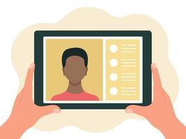 tablet in mano, chat online. concetto di comunicazione virtuale. illustrazione vettoriale in uno stile piatto isolato su uno sfondo bianco