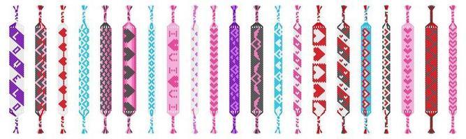 Insieme di vettore dei braccialetti di amicizia hippie colorati fatti a mano di fili isolati su priorità bassa bianca. San Valentino