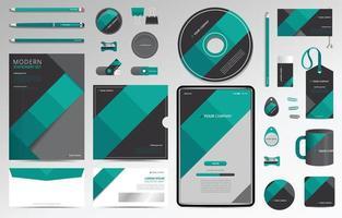 set di cancelleria di identità aziendale geometrica verde vettore