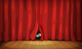 Occhi dietro le tende rosse sul palco di legno