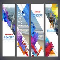 Insieme di vettore delle bandiere, layout con paesaggio urbano colorato, spazio per logo e testo.