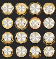 distintivi d'oro ed etichette insieme vettoriale