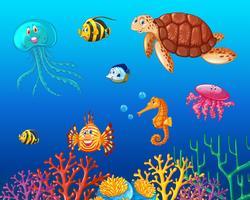 Animali marini che nuotano sotto l'oceano vettore