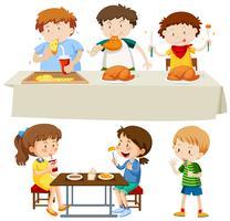 Una serie di bambini che mangiano
