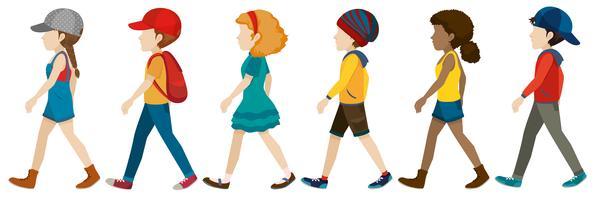 Adolescenti senza volto che camminano