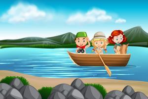 Bambini in una scena di barca vettore