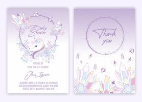 Scheda dell'invito dell'acquazzone del bambino della decorazione floreale dell'unicorno