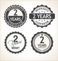 Due anni di garanzia retrò vintage distintivo e raccolta di etichette vettore