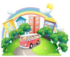 Un autobus pieno di bambini vettore