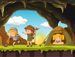 Camping Boy Scout e Girl Scout vettore