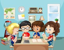 Bambini che studiano in classe vettore