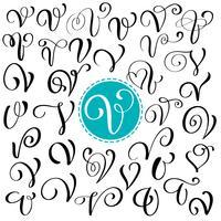 Insieme della lettera V di calligrafia di vettore disegnato a mano