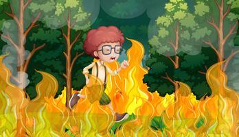 Un ragazzo corre da un incendio